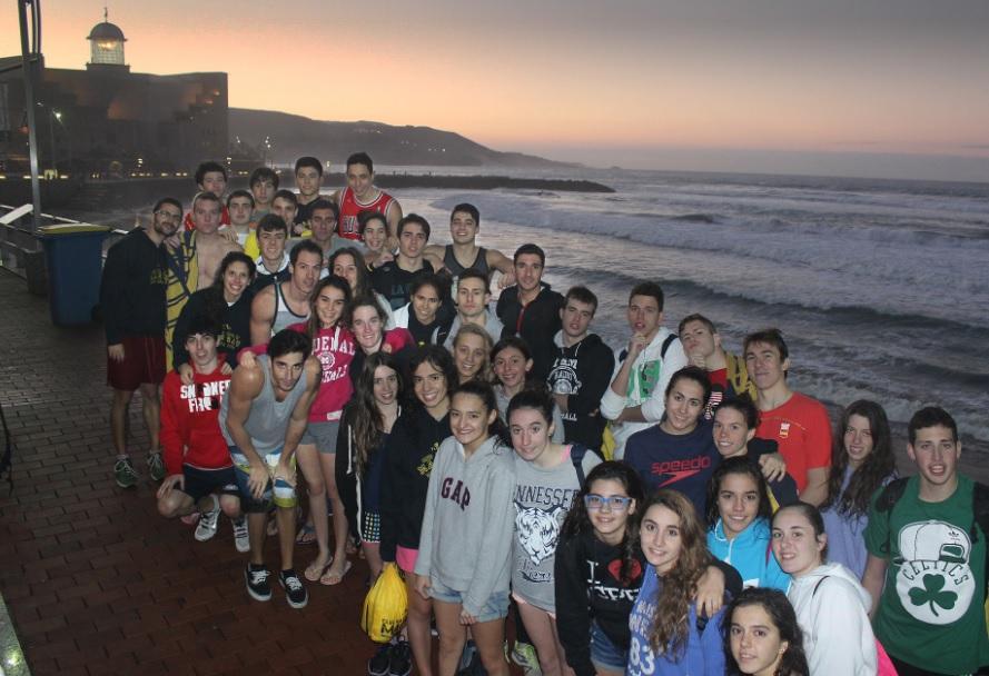 Día de surf del CN Madrid Moscardó