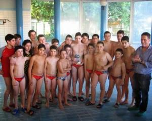 Esta es la plantilla del Pontevedra que se hizo con el título de campeón en el Campeonato Gallego Infantil de Waterpolo.